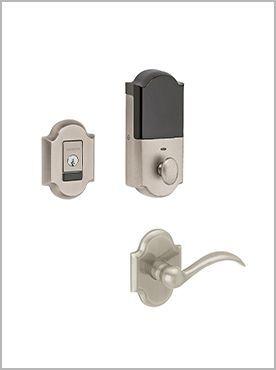 silver round door handle and lock